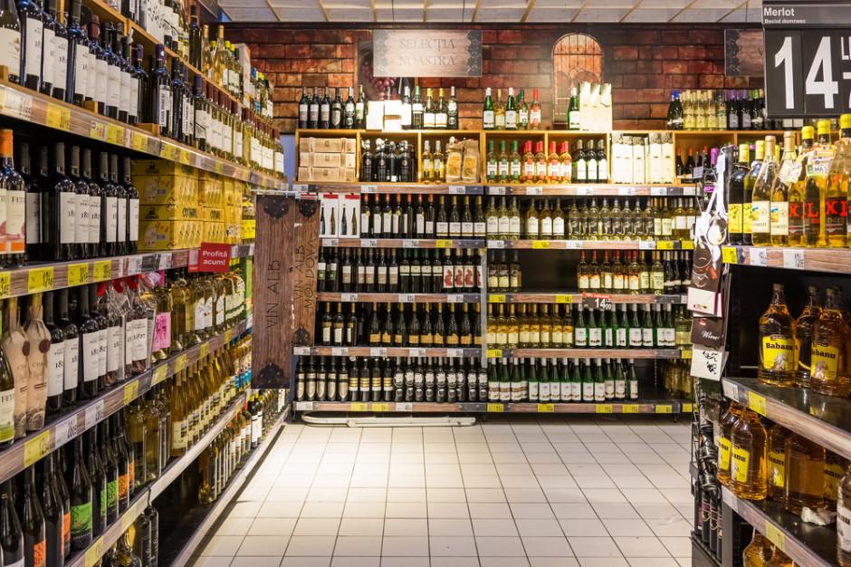 Sprzedaż alkoholu. Jakie formalności trzeba spełnić, by zacząć biznes?