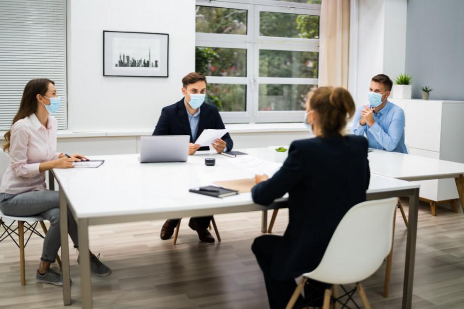 Czy Polacy obawiają się utraty pracy w pandemii?