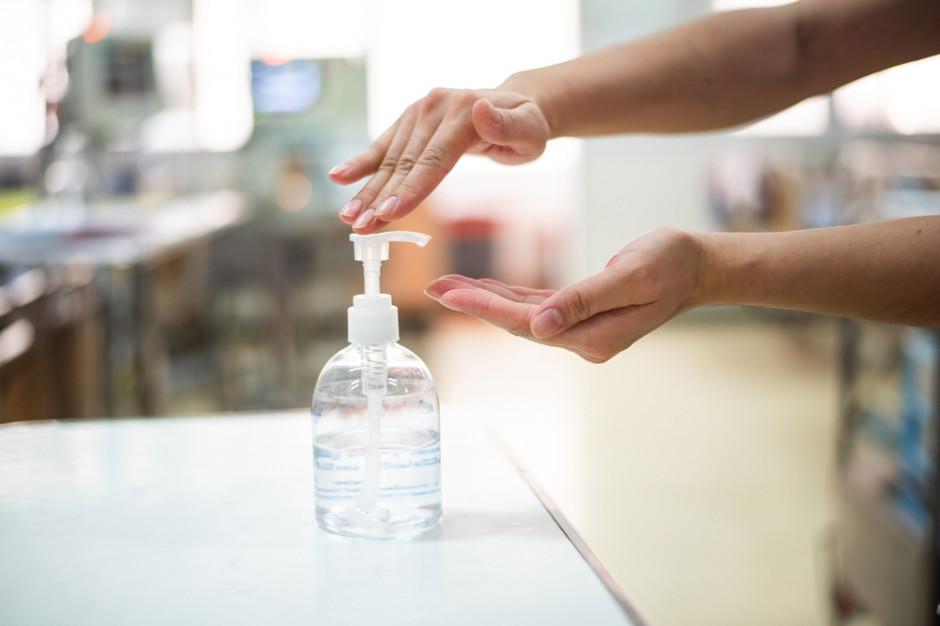 Wielka Brytania: Żele do dezynfekcji rąk w koszyku inflacyjnym
