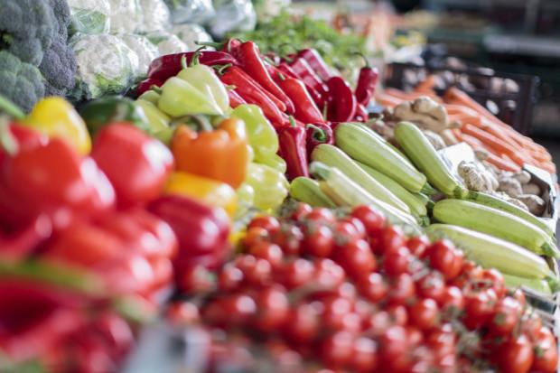 Bronisze: analiza cen warzyw z importu