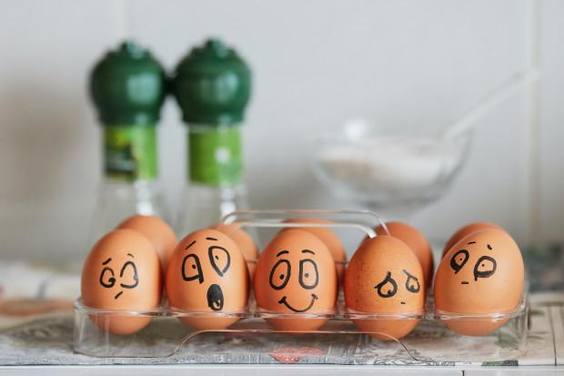 Duzi gracze nie chcą jaj klatkowych. Co na to branża?