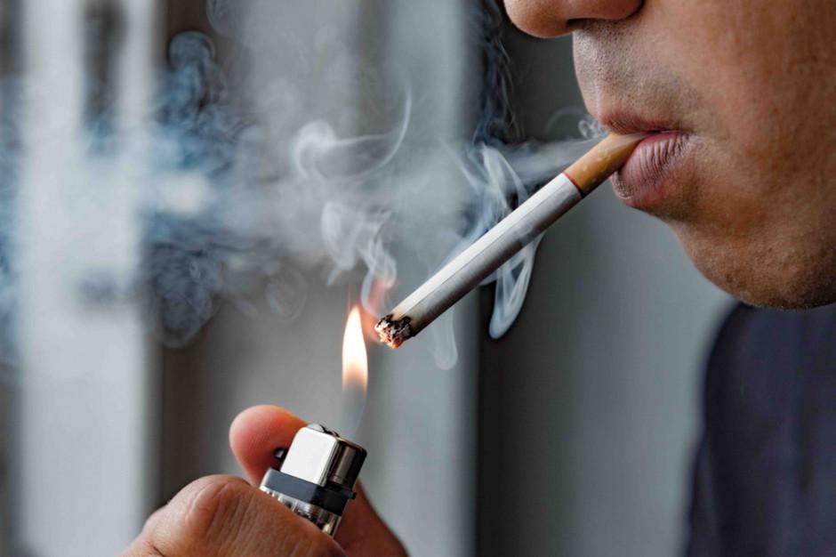 Będzie zakaz palenia na balkonach w Warszawie?