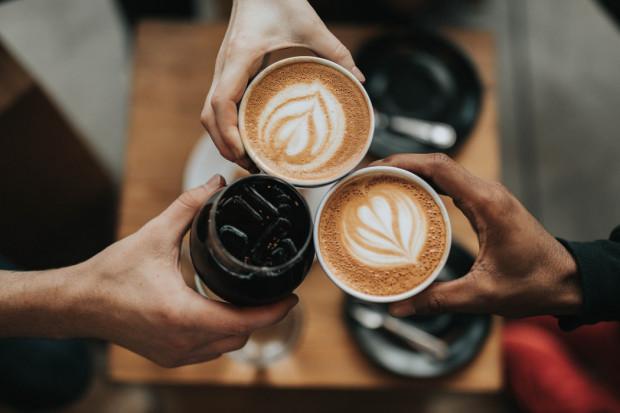 Fakty i mity o piciu kawy