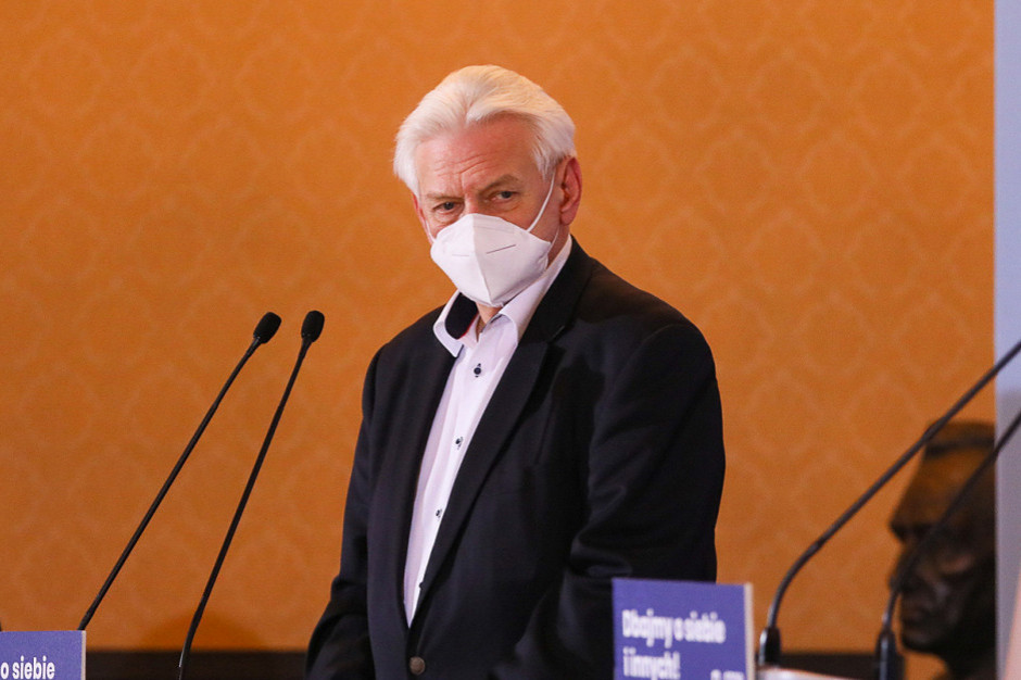 Prof. Horban: pojutrze możemy zamknąć cały kraj