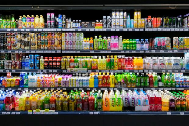 Napoje: nawet dwucyfrowe spadki sprzedaży przez podatek cukrowy