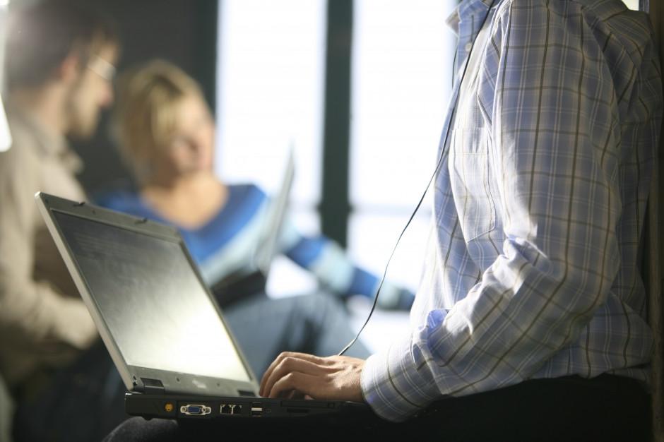 Rząd uszczelnia VAT w e-handlu