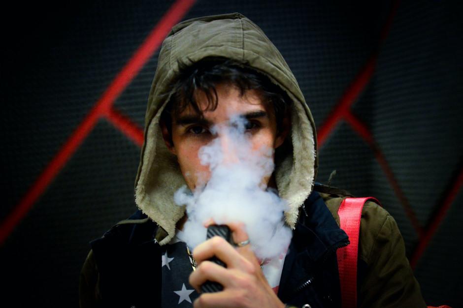 1.05 wyroby nowatorskie i płyny do e-papierosów ze znakiem akcyzy