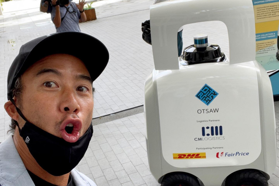 Roboty dostarczają do domów zakupy spożywcze w Singapurze