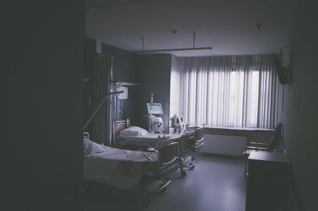 Opole: wyposażenie nielegalnej fabryki tytoniu trafiło do szpitali