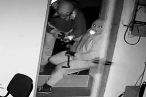 Zdjęcie numer 2 - galeria: Włamanie do zakładów mięsnych. Policja szuka sprawców