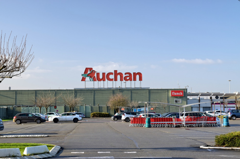 Auchan wdraża usługę zdalnego rozłożenia płatności na raty