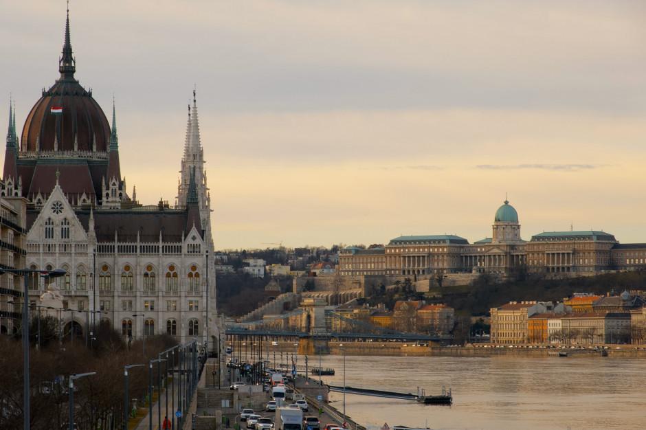 Węgry chcą dalej łagodzić restrykcje