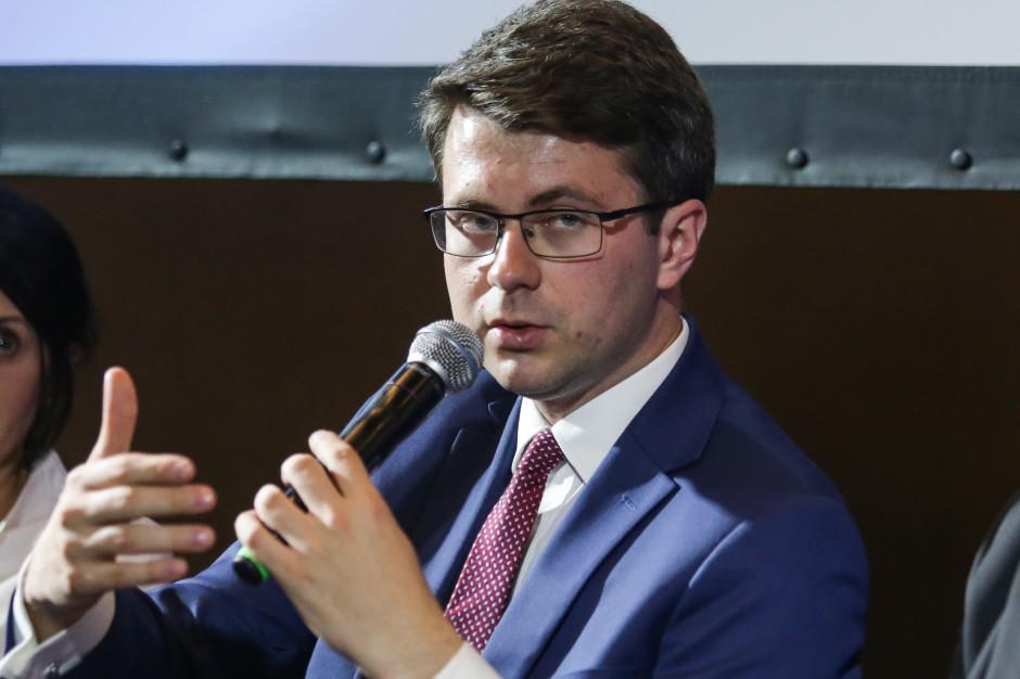 Müller: Znoszenie obostrzeń nie oznacza końca pomocy dla firm