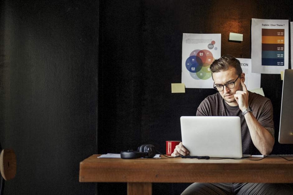 W Polsce ponad połowa przedsiębiorców zakłada firmy on-line