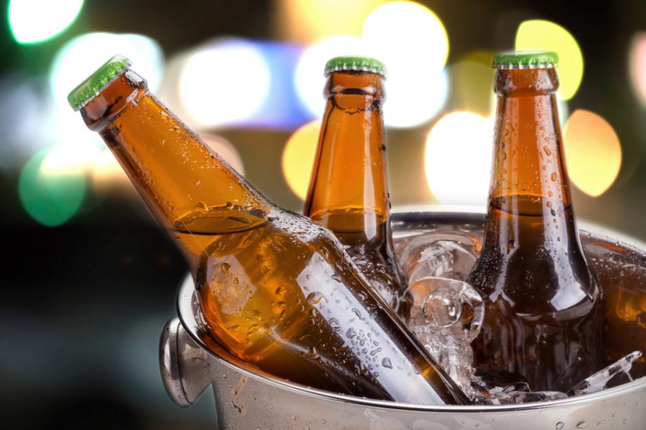 Biedronka rozdaje piwo
