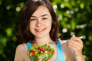 USA: Firma płaci pracownikom, by jedli zdrowiej