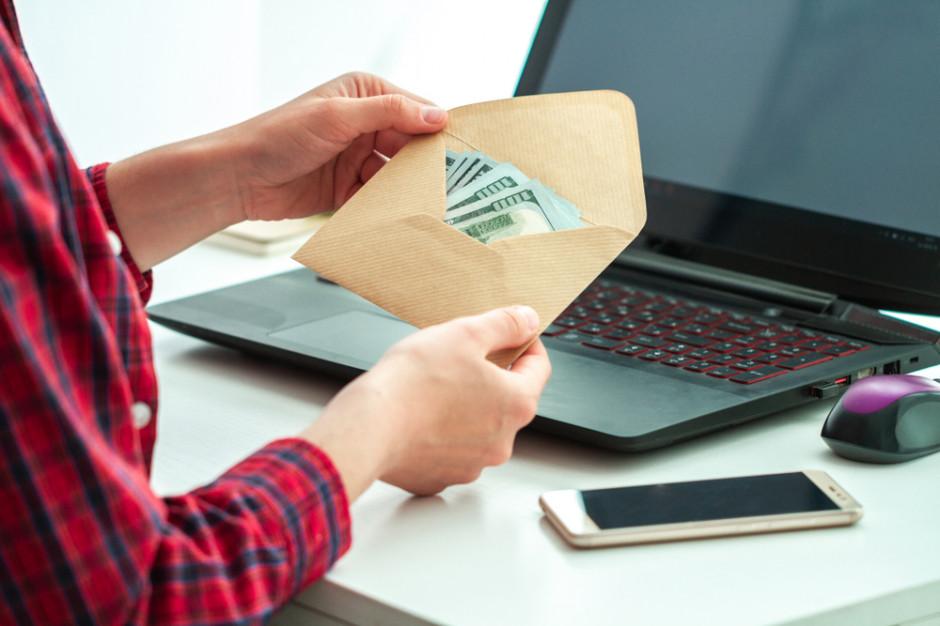 17 mld zł to roczne straty przez wypłatę wynagrodzeń
