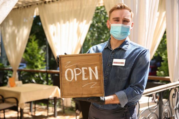 Hotele i restauracje będą otwarte. Jest rozporządzenie!