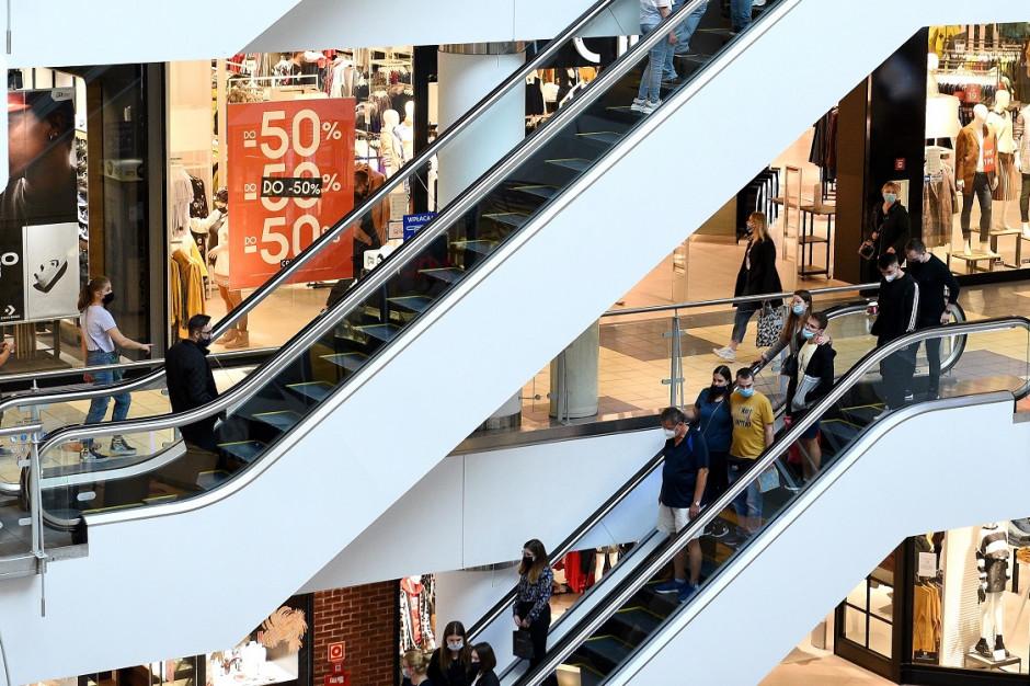 Galerie handlowe czeka szturm klientów