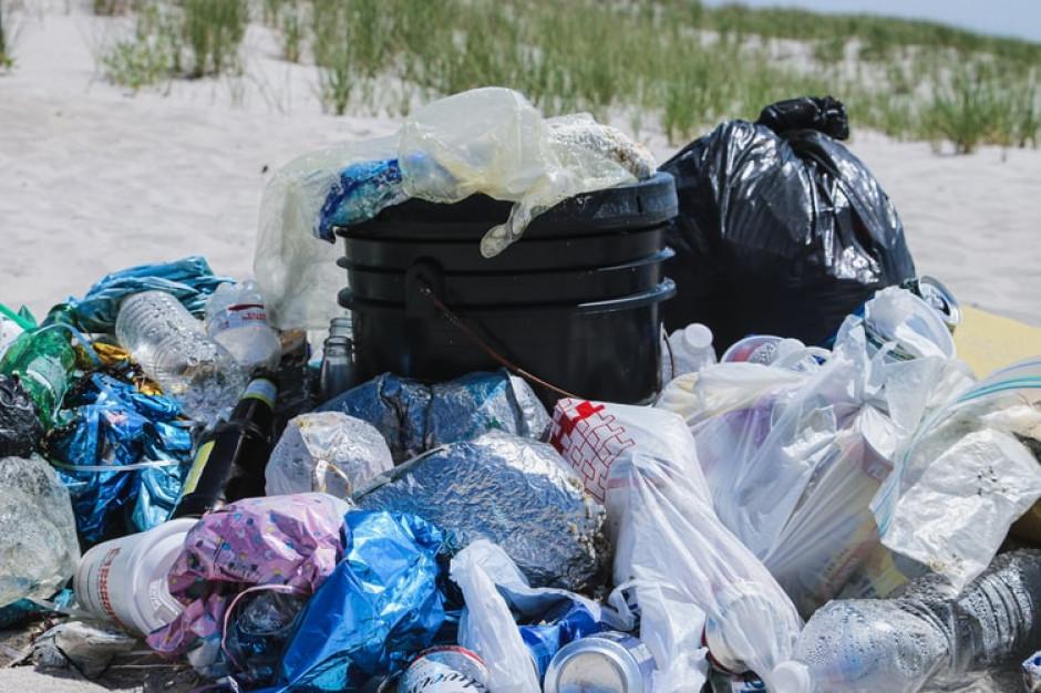 Odpady plastikowe z Wielkiej Brytanii wysyłane do Polski