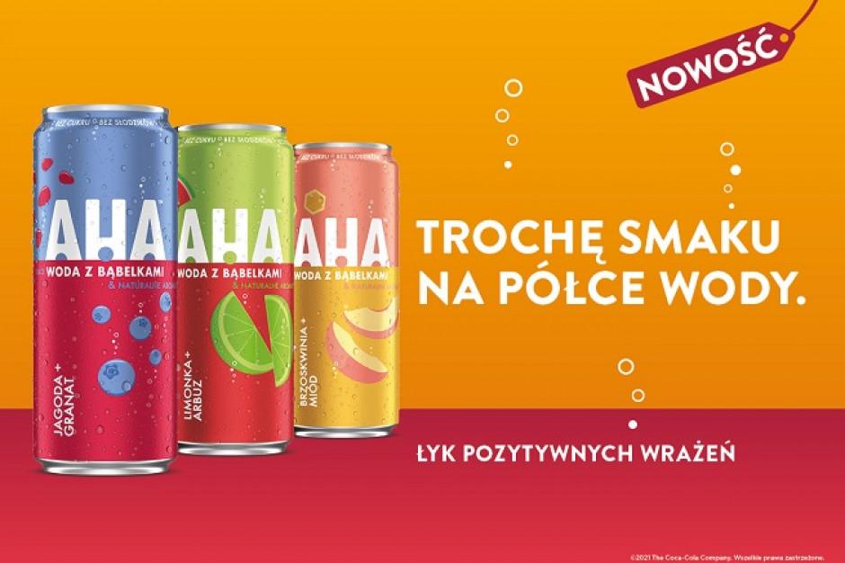 Coca-Cola wprowadza na polski rynek gazowaną smakową wodę AHA