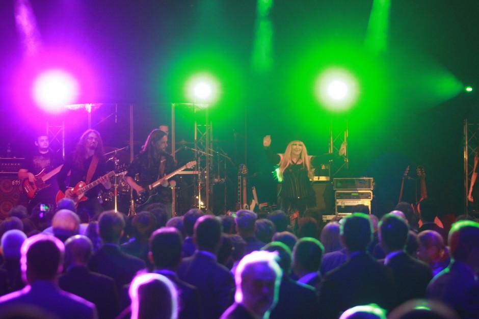 Rząd doprecyzował obostrzenia dotyczące koncertów