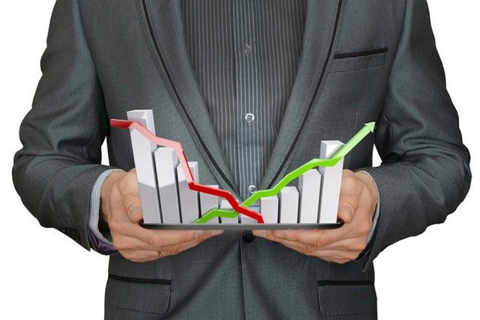 PIE: w latach 2021-2022 wzrost gospodarczy w Polsce ponad 4 proc.