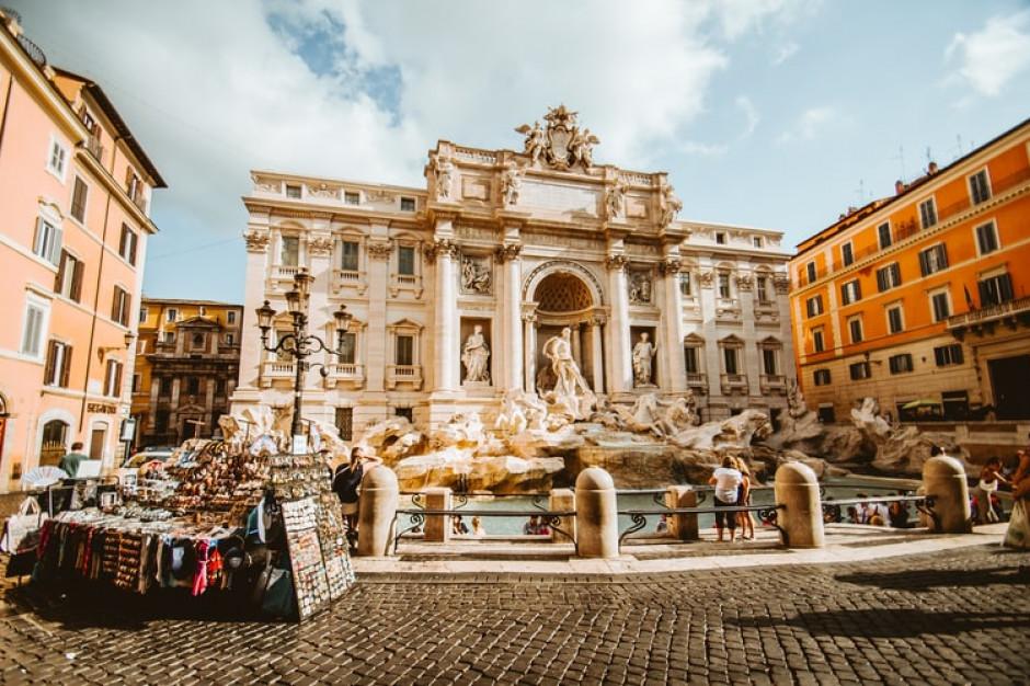 Włochy rozważają zniesienie ograniczeń dla osób zaszczepionych