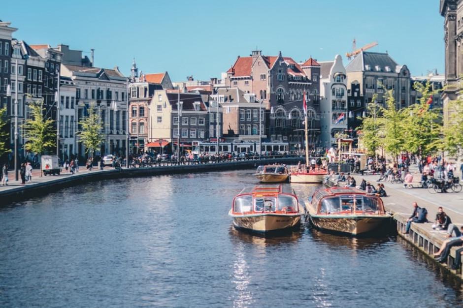 Rekordowe obroty holenderskich sklepów po odmrożeniu gospodarki