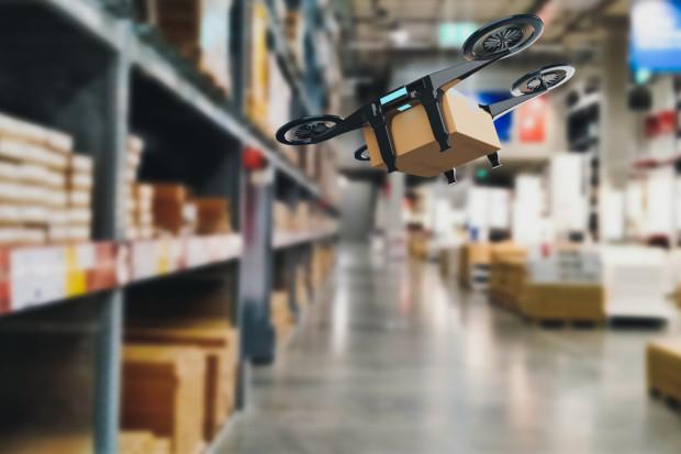 Drony będą zliczać towar na sklepowych półkach
