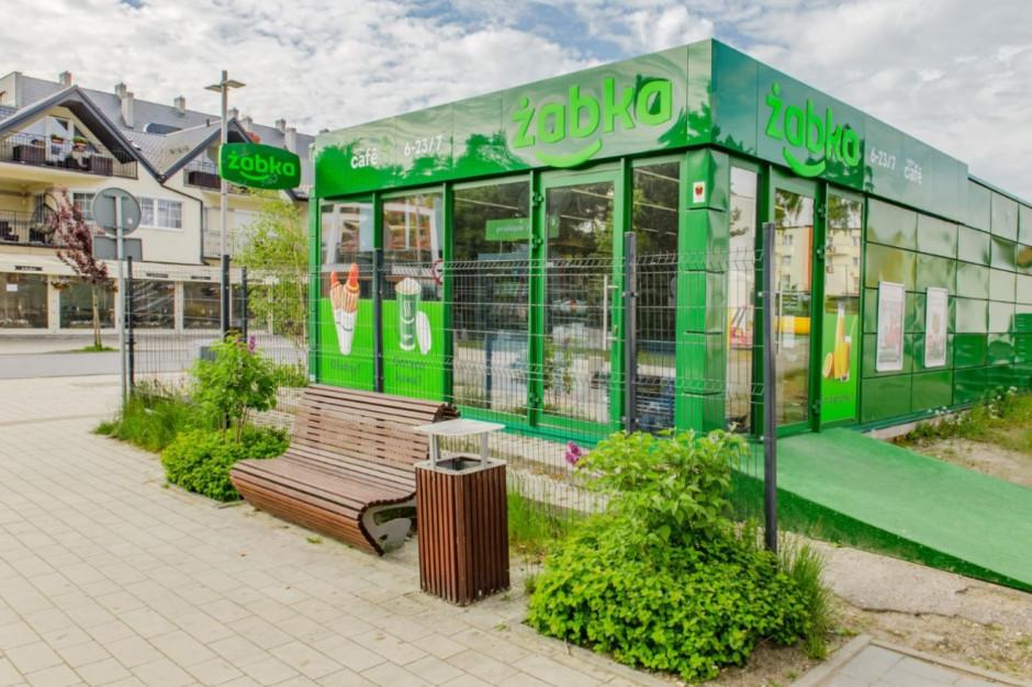 Żabka otworzyła 80 sklepów sezonowych