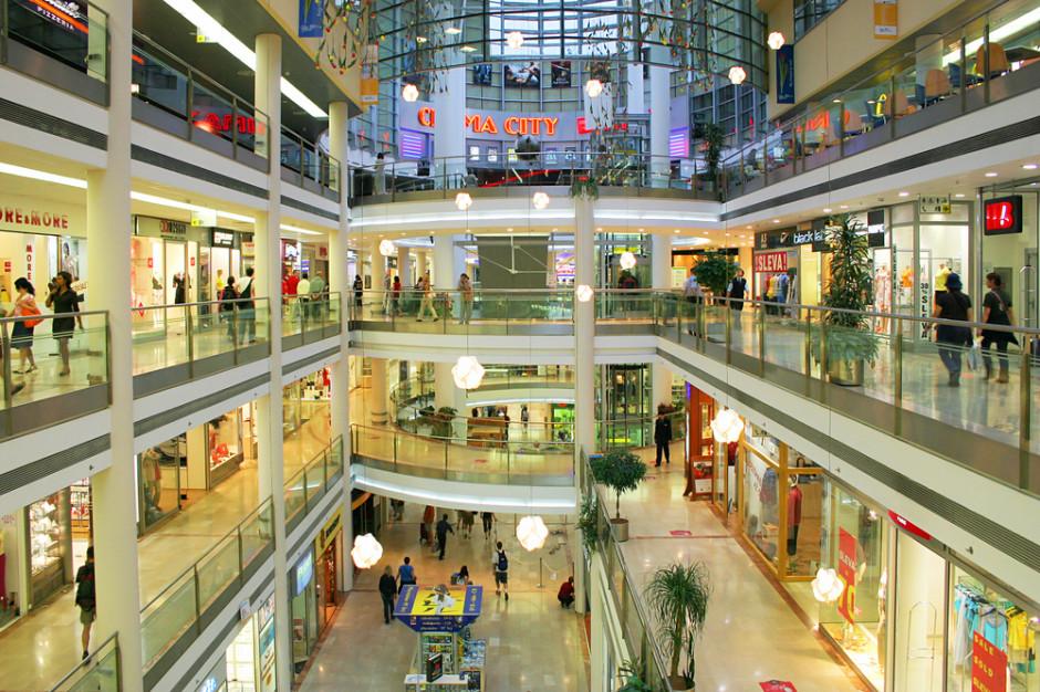 PRCH: w maju więcej odwiedzających centra handlowe w dni robocze