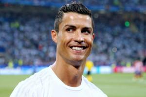 Internauci zarzucają Ronaldo hipokryzję. Coca-Cola nie, KFC tak?