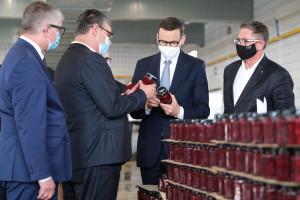 Premier w firmie Rolnik apeluje: kupujmy polskie produkty!