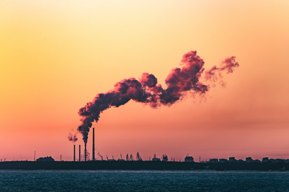 Wzrost cen praw do emisji CO2 zwiększy koszty prowadzenia firm