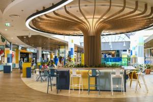 Nowy food court w Atrium Reduta