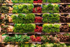 Lidl i Biedronka - jakie owoce i warzywa w gazetkach?