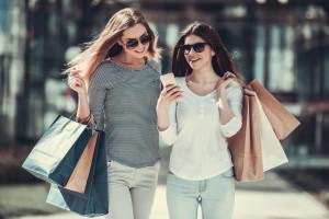 Polacy chętnie kupują od firm odpowiedzialnych społecznie