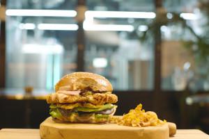 W Tel Awiwie jest restauracja z mięsem wyhodowanym w laboratorium