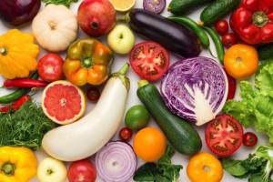W 2020 r. Polacy więcej wydali na owoce i warzywa