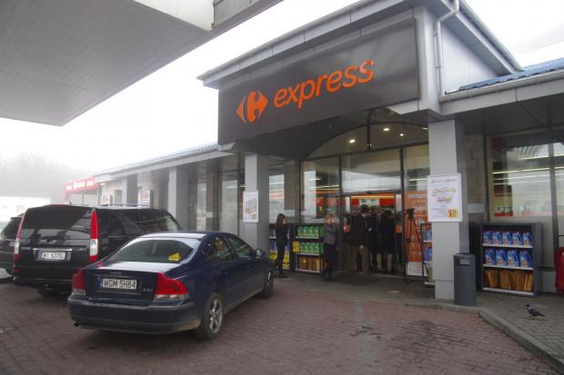 Carrefour odpuści Polskę i trzy inne rynki?