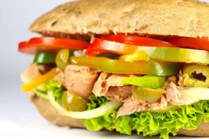 Subway: w kanapkach z tuńczykiem nie było DNA tej ryby