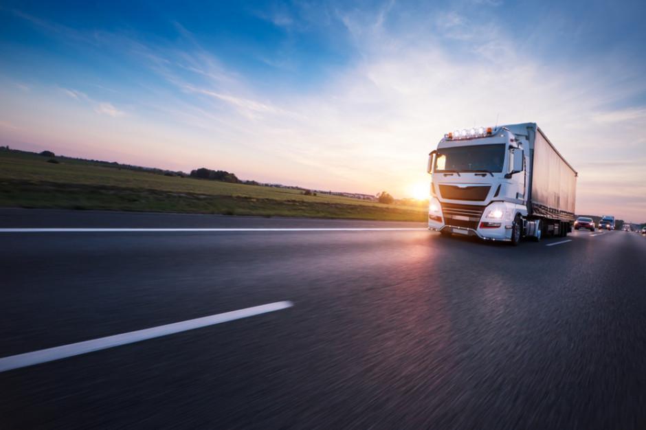 Branża transportowa z rosnącym długiem