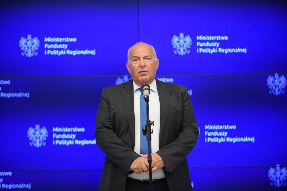 Kościński, MF: nowe przepisy VAT wyrównają szanse e-sklepów
