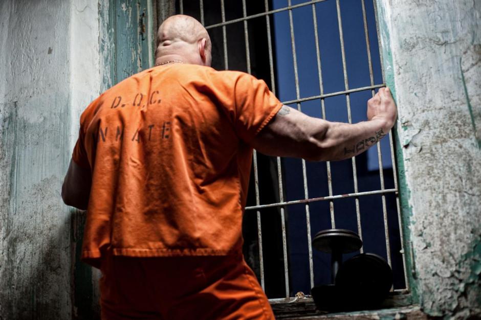 Pięć osób aresztowanych za napady rabunkowe na sklepy
