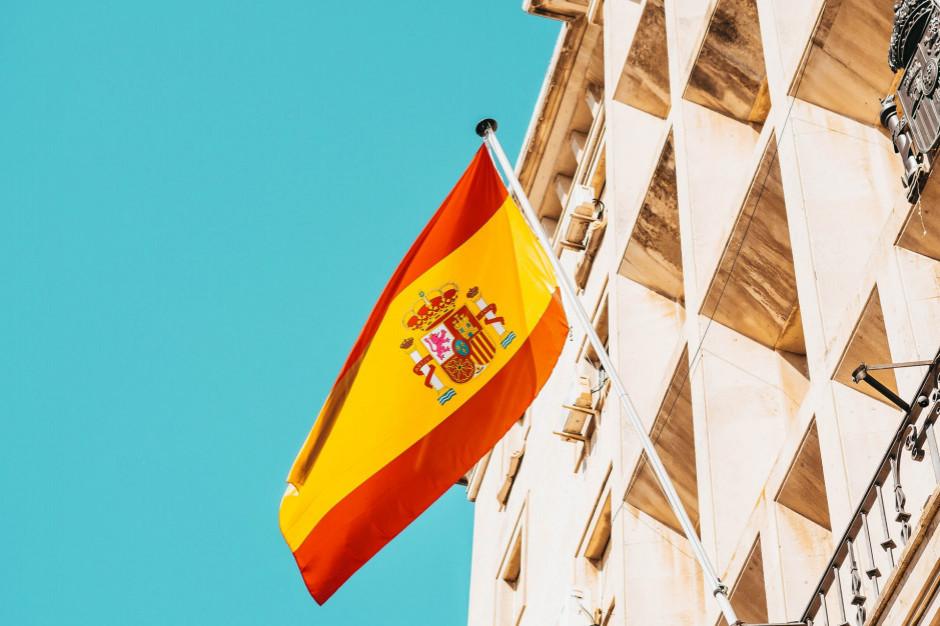 Hiszpania zaostrza restrykcje w związku z piątą falą pandemii