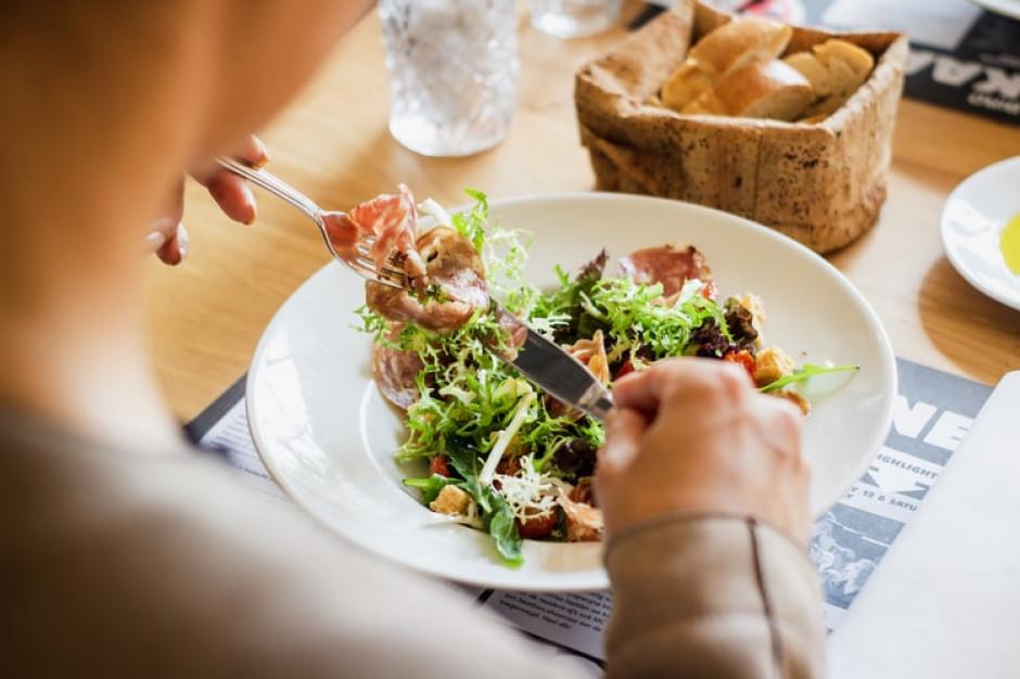 Zmiana diety może zmniejszać nasilenie migren