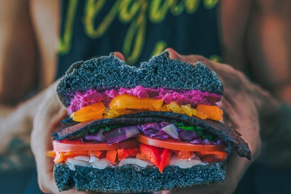 Oznaczenie produktu jako wegański zniechęca do zakupu?