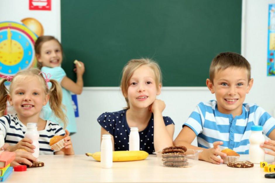 Rusza wsparcie z tarczy antykryzysowej dla sklepików szkolnych