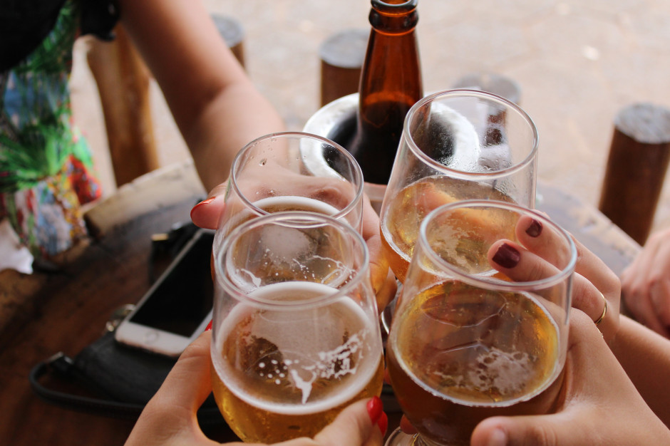 WHO: umiarkowane picie alkoholu podnosi ryzyko nowotworów